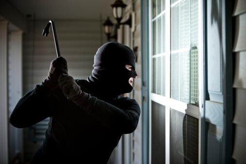 ladron puertas ventanas
