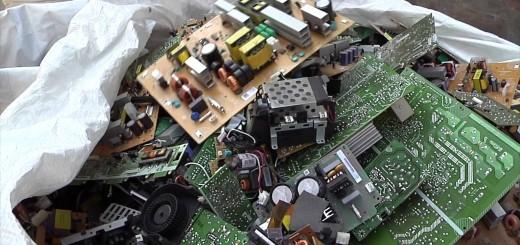Los residuos electrónicos contienen sustancias muy contaminantes.