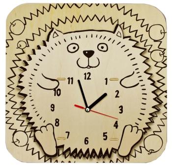 Reloj con piezas de madera que incluye pegamento, pincel y pinturas.