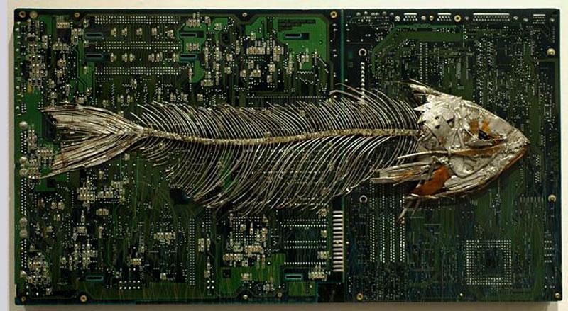 La basura electrónica es materia prima de muchos artistas.