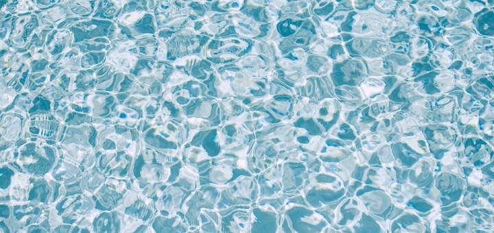 Los generadores de ozono son cada vez más utilizados en piscinas y depósitos de agua.
