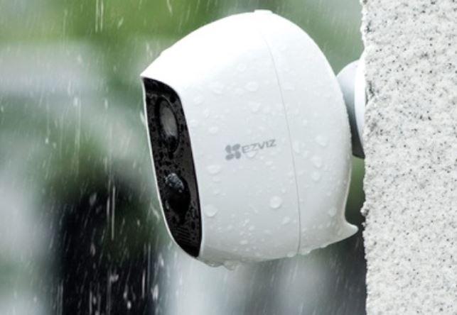 Seguridad llueva o truene con la cámara IP Ezviz.